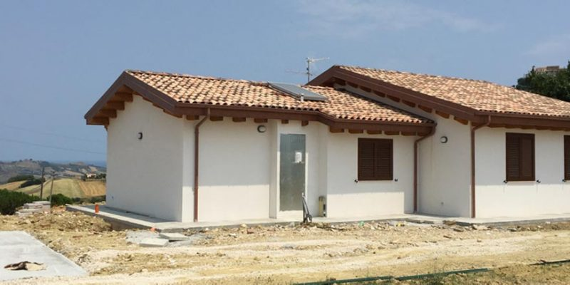casa in lgno a colonnella