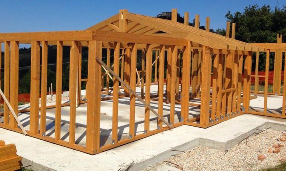 casa con struttura in legno lamellare