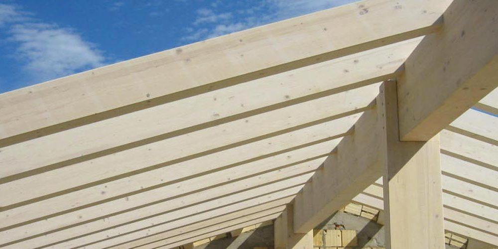 tetto ventilato in legno lamellare